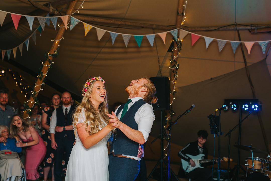 first dance at wootton farm estate wedding